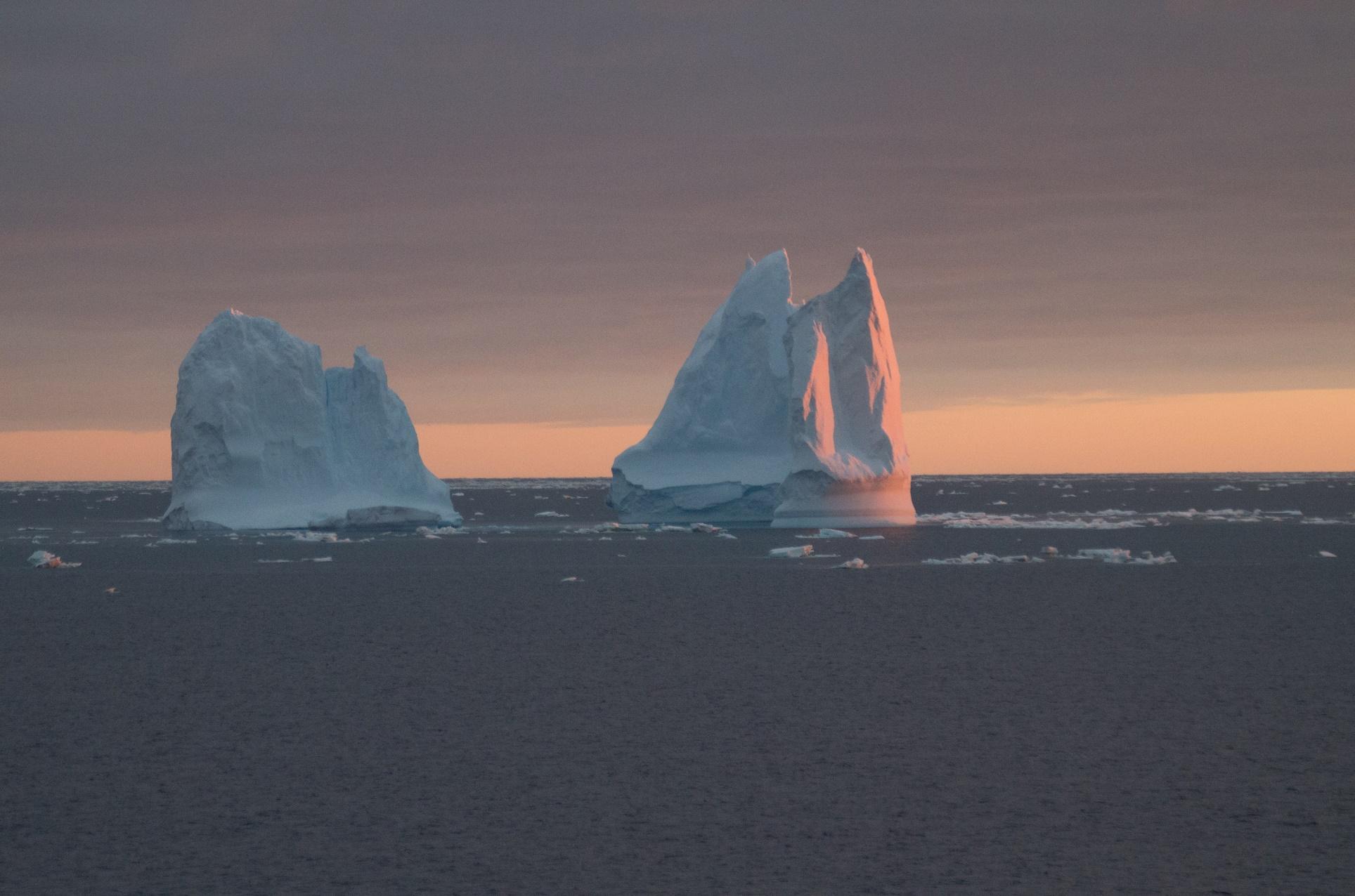 Icebergs Will Hobbs